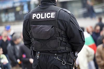 police-back